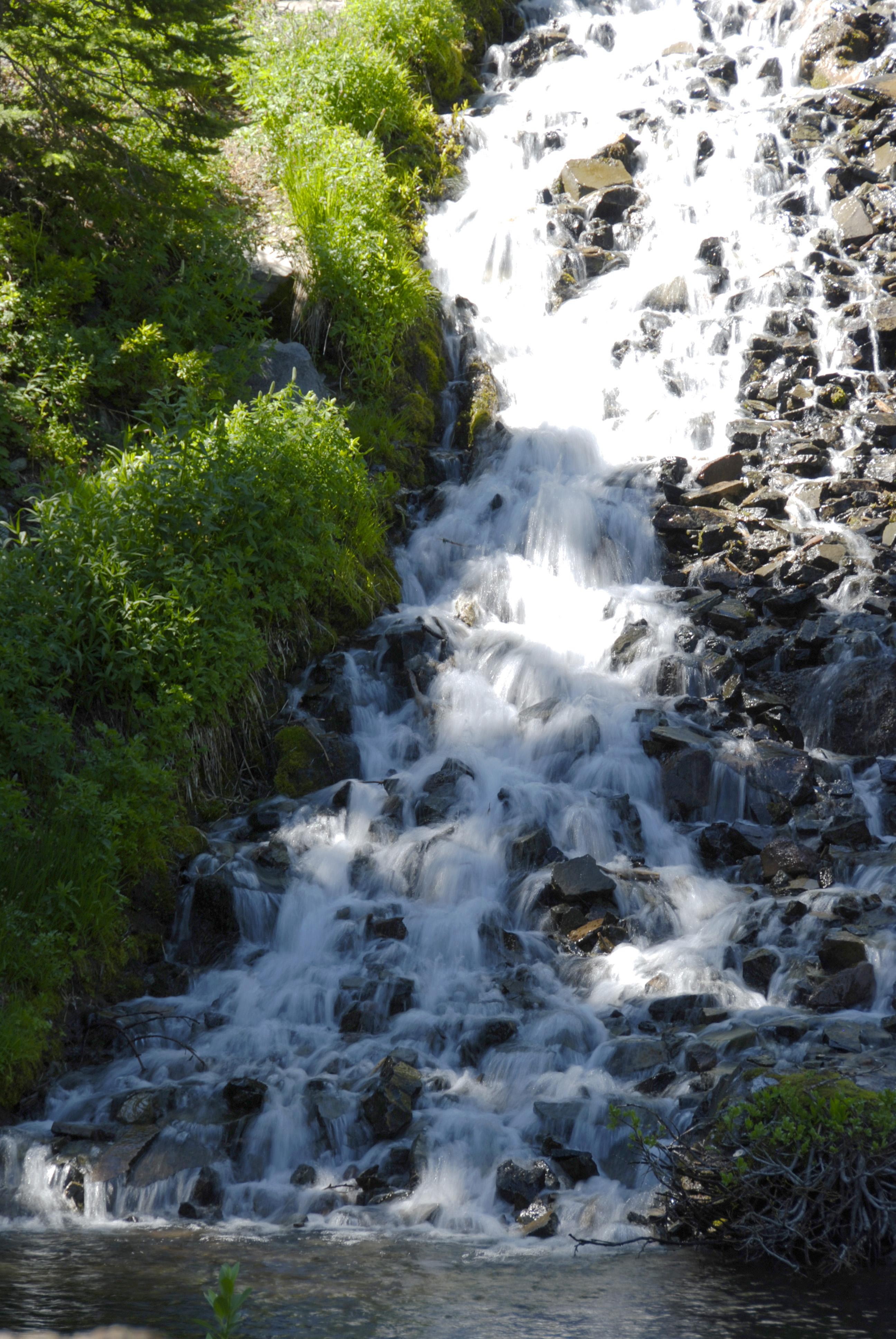 Vidae Waterfall by MogieG123