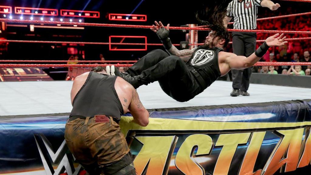 Roman Reigns def. Braun Strowman by GarretTheAsshat