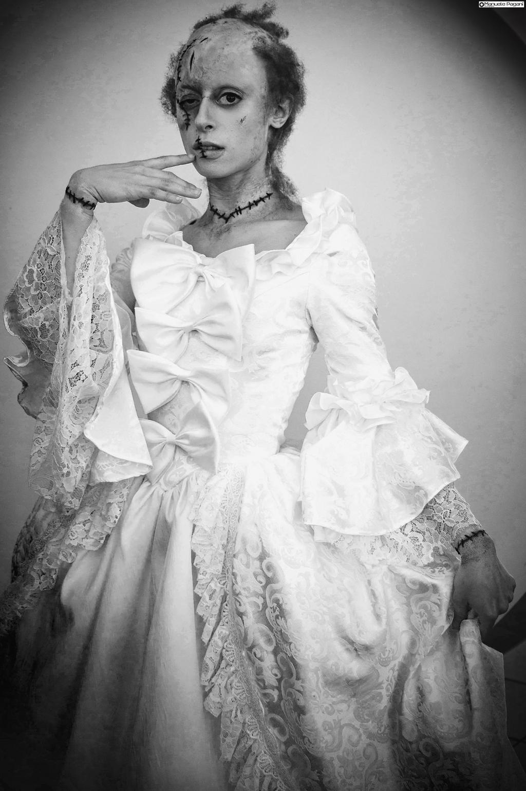 Elizabeth lavenza in frankenstein