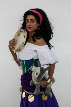 Esmeralda Disney Cosplay