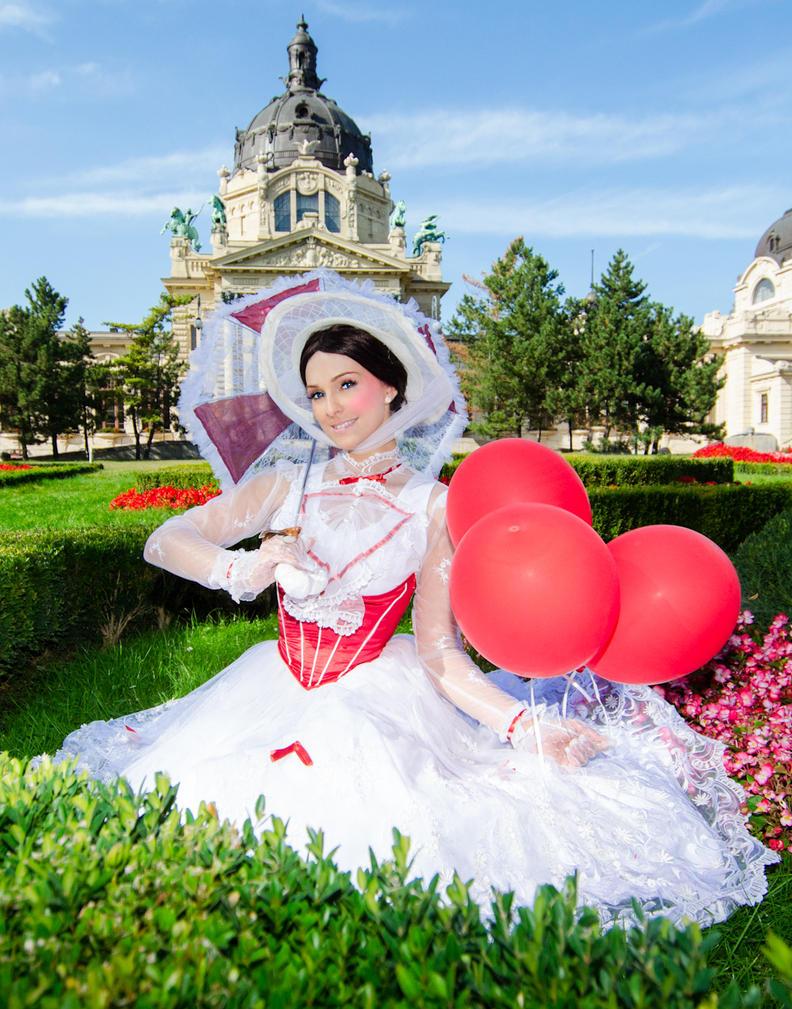 Mary Poppins in Budapest by LicorneZsu