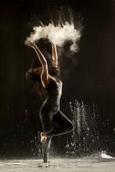 powder dancing by gestiefeltekatze