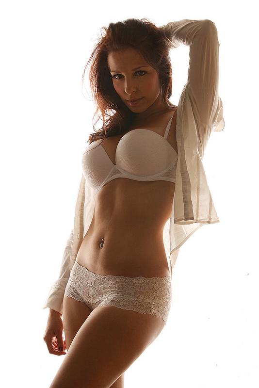 bright lingerie by gestiefeltekatze