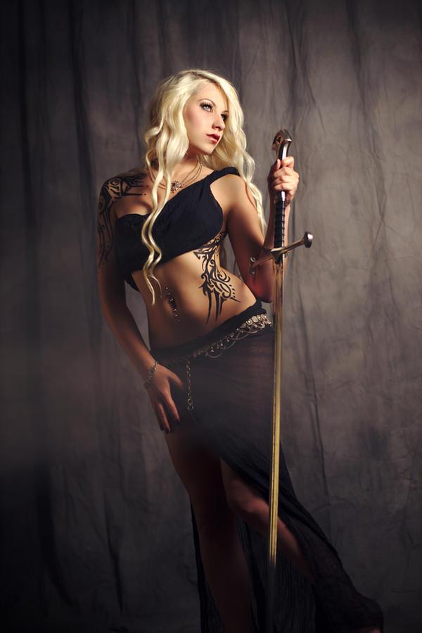 cold blonde angel by gestiefeltekatze
