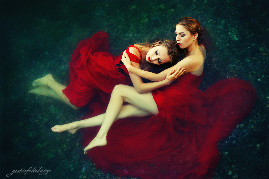 Dreaming Sirens by gestiefeltekatze