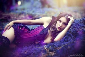 Purple Sensuality, Kassy by gestiefeltekatze