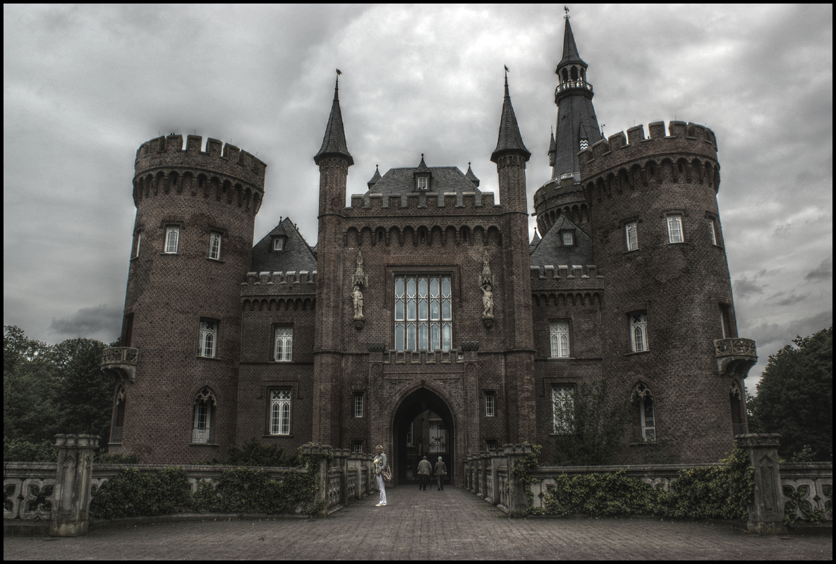 Schloss Moyland (HDR) by skywalkerdesign