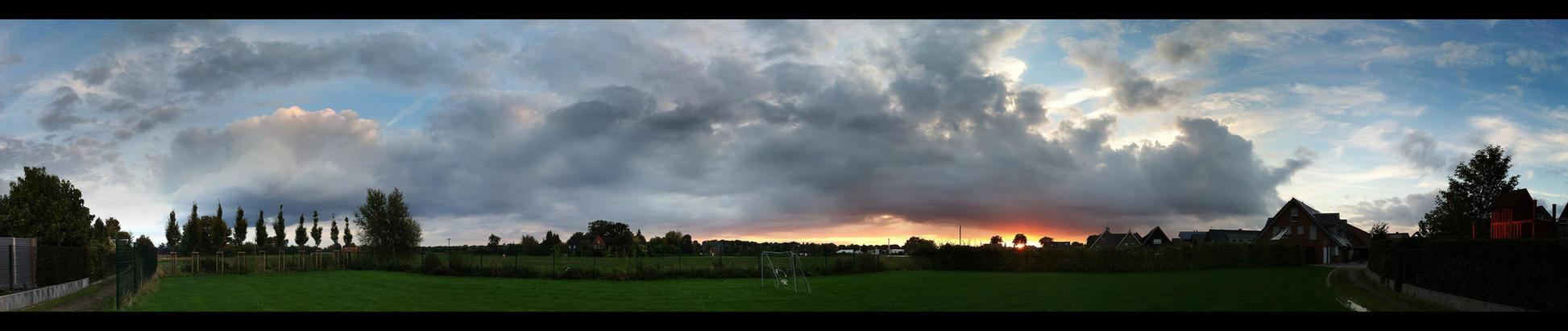 Dingden Sunset (Panorama) by skywalkerdesign