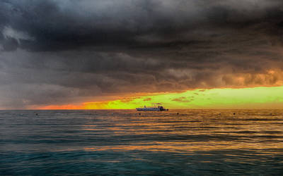 Jamaica Sunset Boat (HDR)