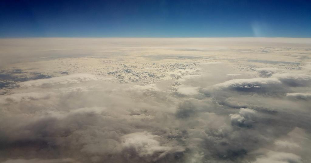 Sky by tropfengirl