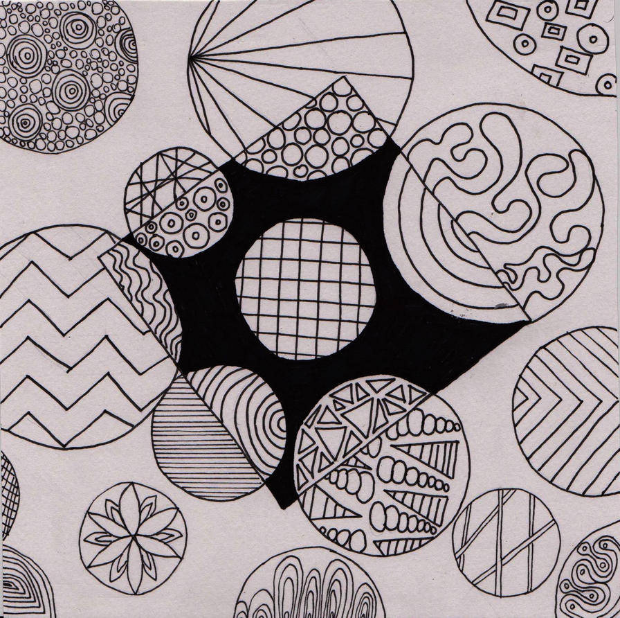 Zentangle 4/9 geometry by CeaSanddorn