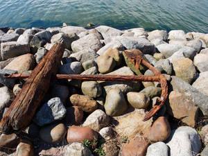Glowe anchor