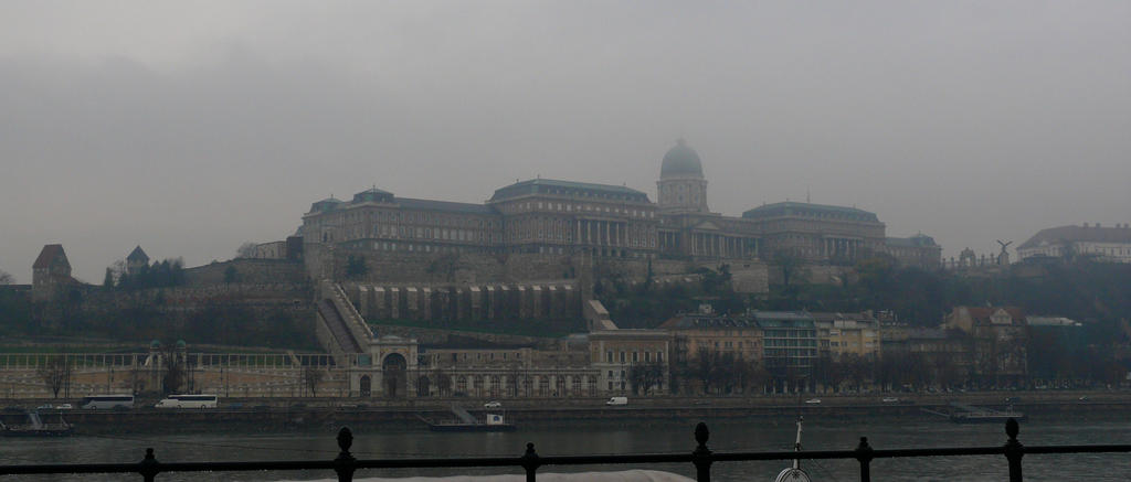 Budapest (2) by TotallyMad