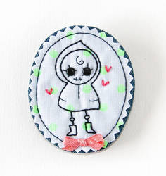 Fabric Cameo Brooch: Lola in Love