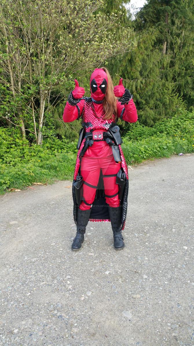 Lady Deadpool fully equipped! by DragonswordRyn