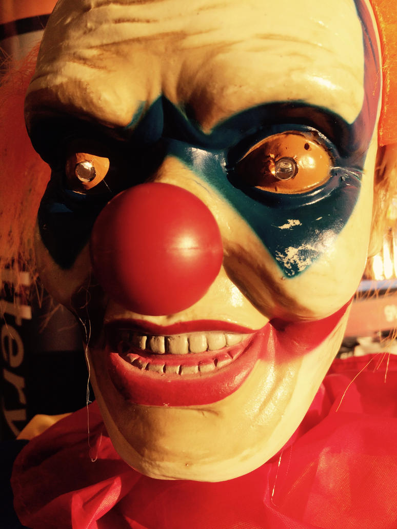 Clowns Are Creepy by JosephThomas