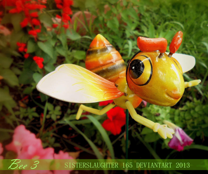 Bee 3 by Sisterslaughter165
