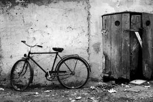 Old bicycle by Luka501