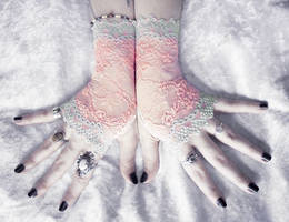 Namid Lace Fingerless Gloves by ZenAndCoffee