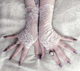 Nephele Long Lace Fingerless Gloves