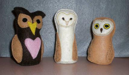 Three Plush Owls by Lil-Moony