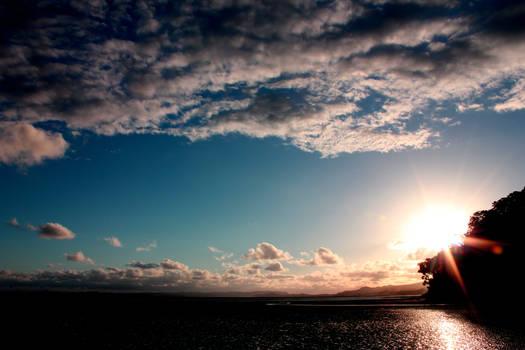 Blue sky, sunlight dye