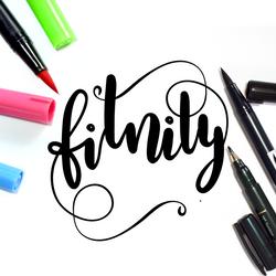 Logo Fitnity letras y acuarelas