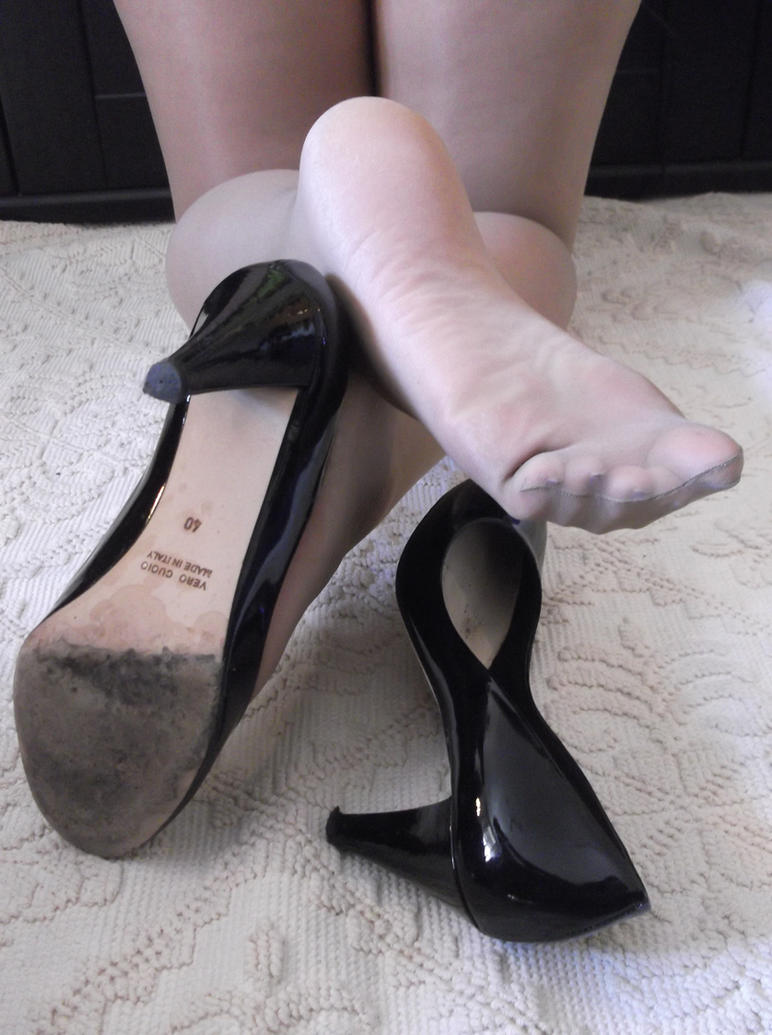 Pantyhose And Pumps 2 by Whor4cle