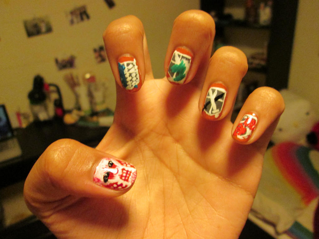 Shingeki no Kyojin (Attack on Titan) Nails by janamajiggy on