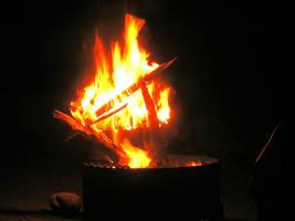 FIRE O_O by Christshonna