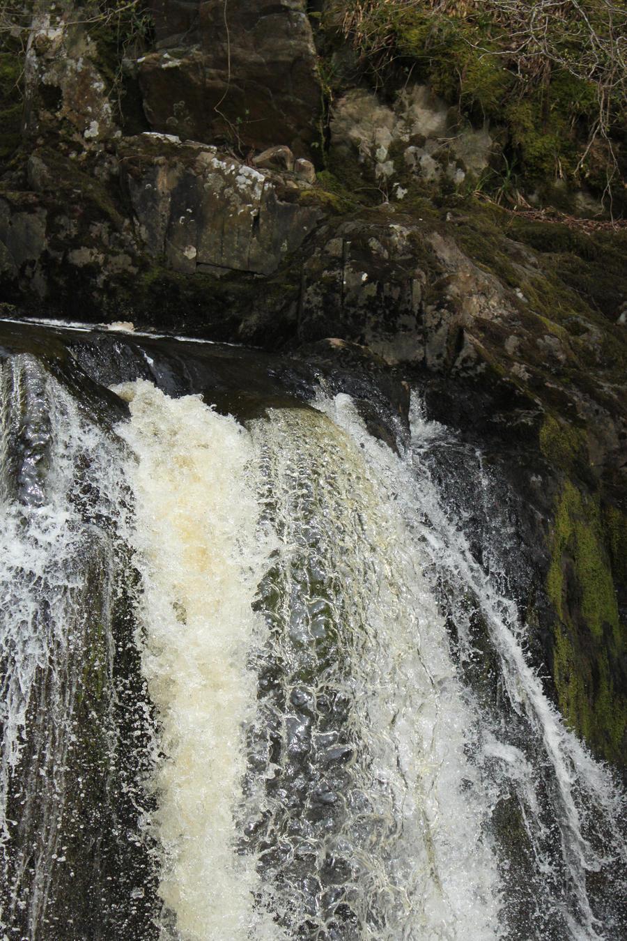 Ingleton Falls 44 by Tasastock