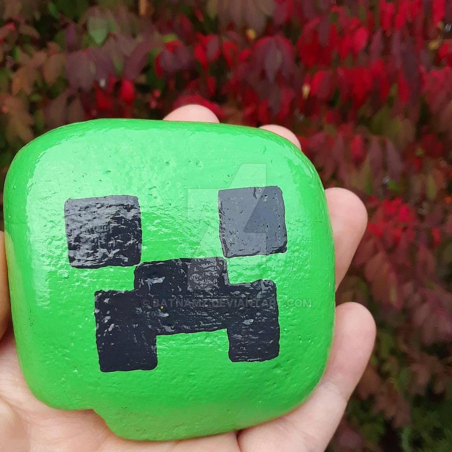Minecraft Creeper - painted rock by Batnamz