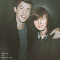 Chandler Riggs y Shawn Mendes (Manip)