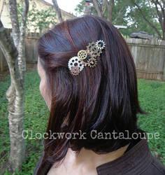Clockwork Hairclip by lavadragon