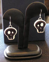 Polymer Skull Earrings by lavadragon