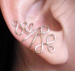 Loopy Ear Cuff by lavadragon