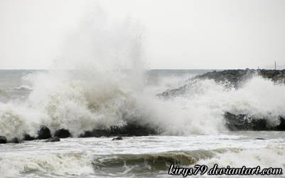 Waves by kirys79