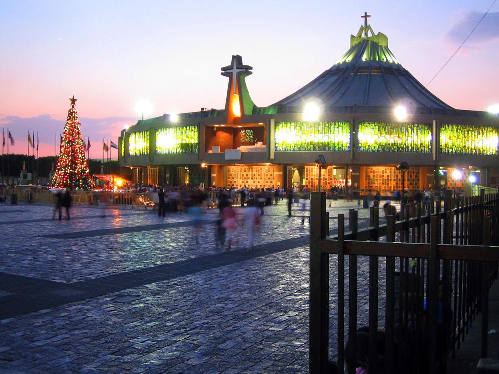 Basilica de Guadalupe by napsterito