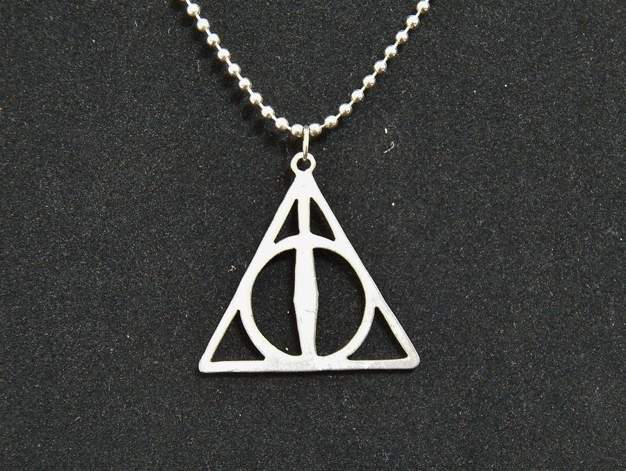 deathly hallows pendant by somethingforeveryone on deviantart