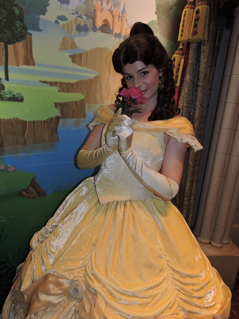 Belle Disneyland Paris by bellesprince