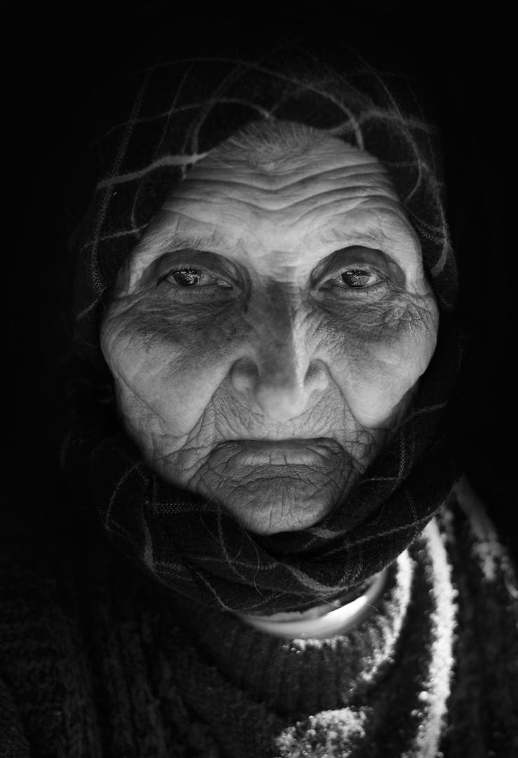Old Woman IV by borda