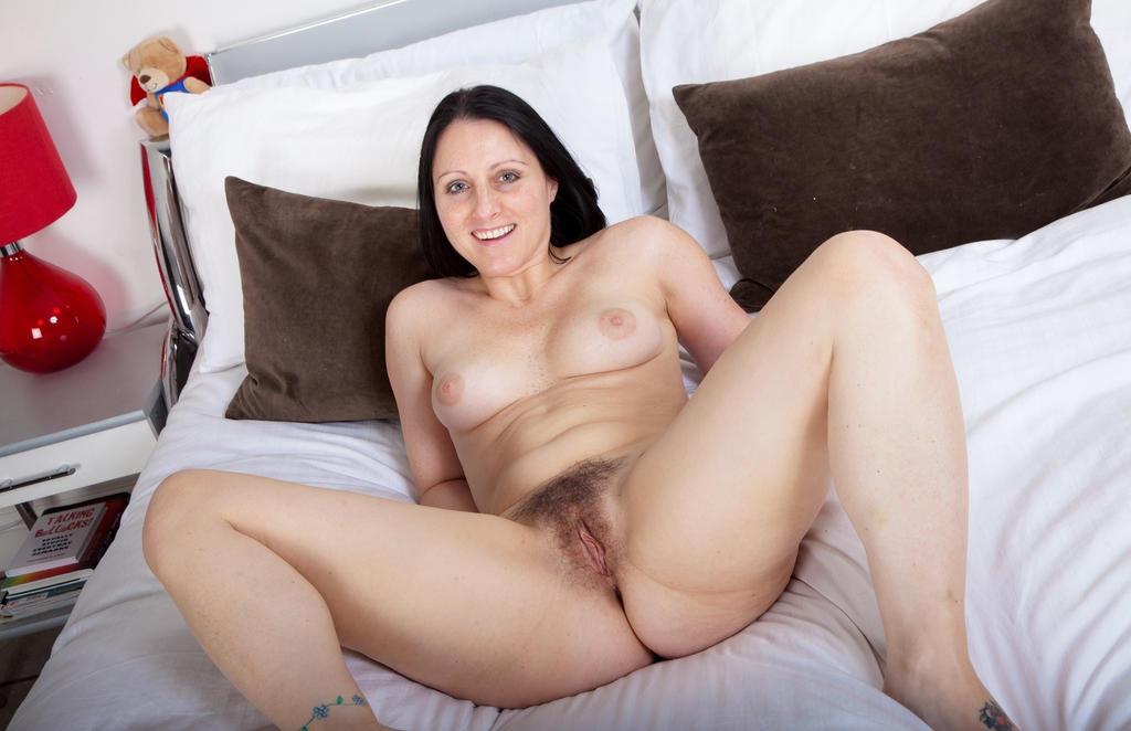 женщины за 40 волосатые киски порно клипы