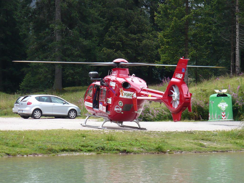 Elicottero Croce Rossa Italiana : Elicottero della croce rossa by davi on deviantart