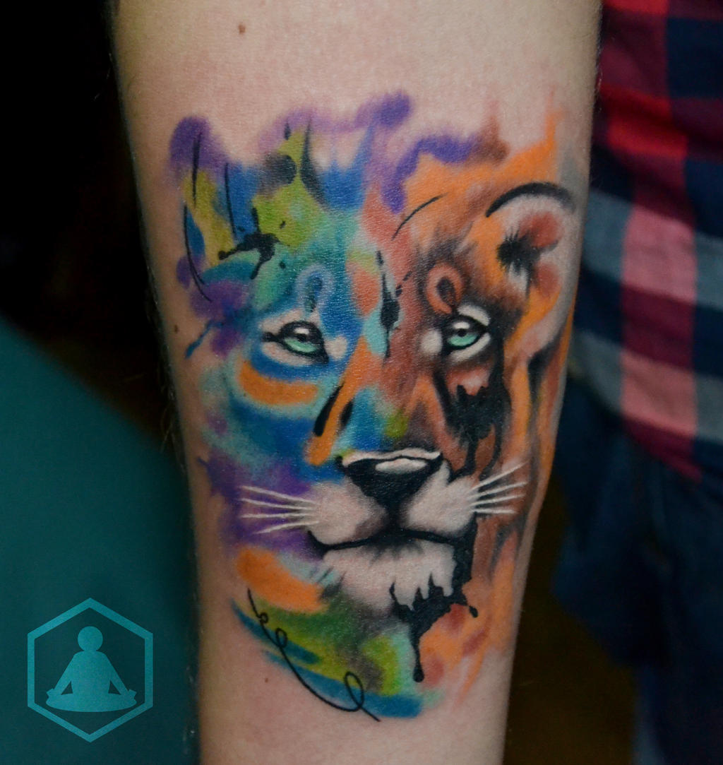 Lion water paint tattoo the image kid for Do airbrush tattoos come off in water