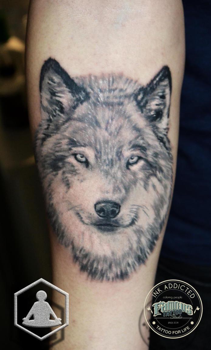 Wolf by ZenBenZen