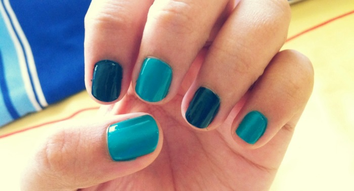 Light Blue And Navy Blue Nails By Inginging ...