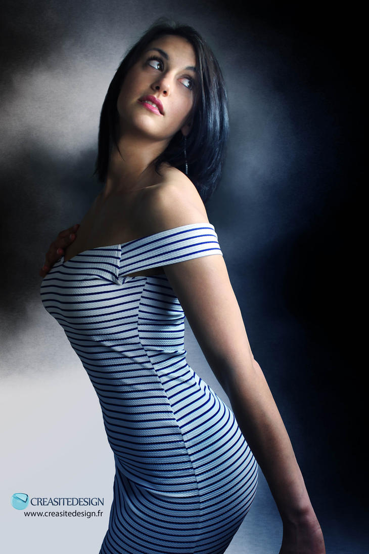 portrait girl sensual by creasitedesign