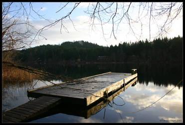 Cusheon Lake by rissdemeanour