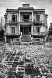 The Salem Mansion v.2 by V-Light