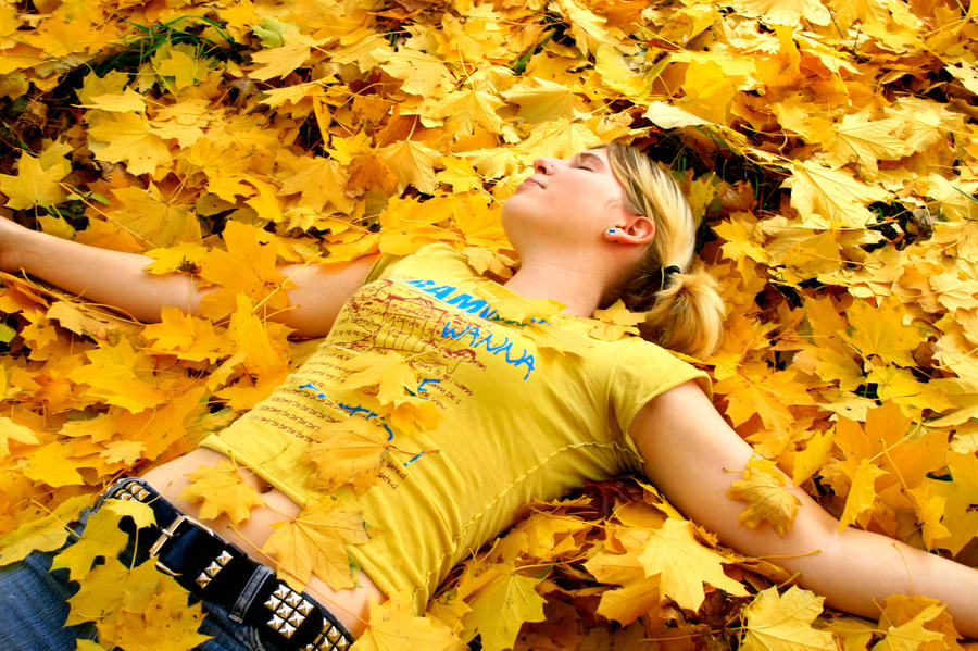 Feeling Yellow by MadreTierra